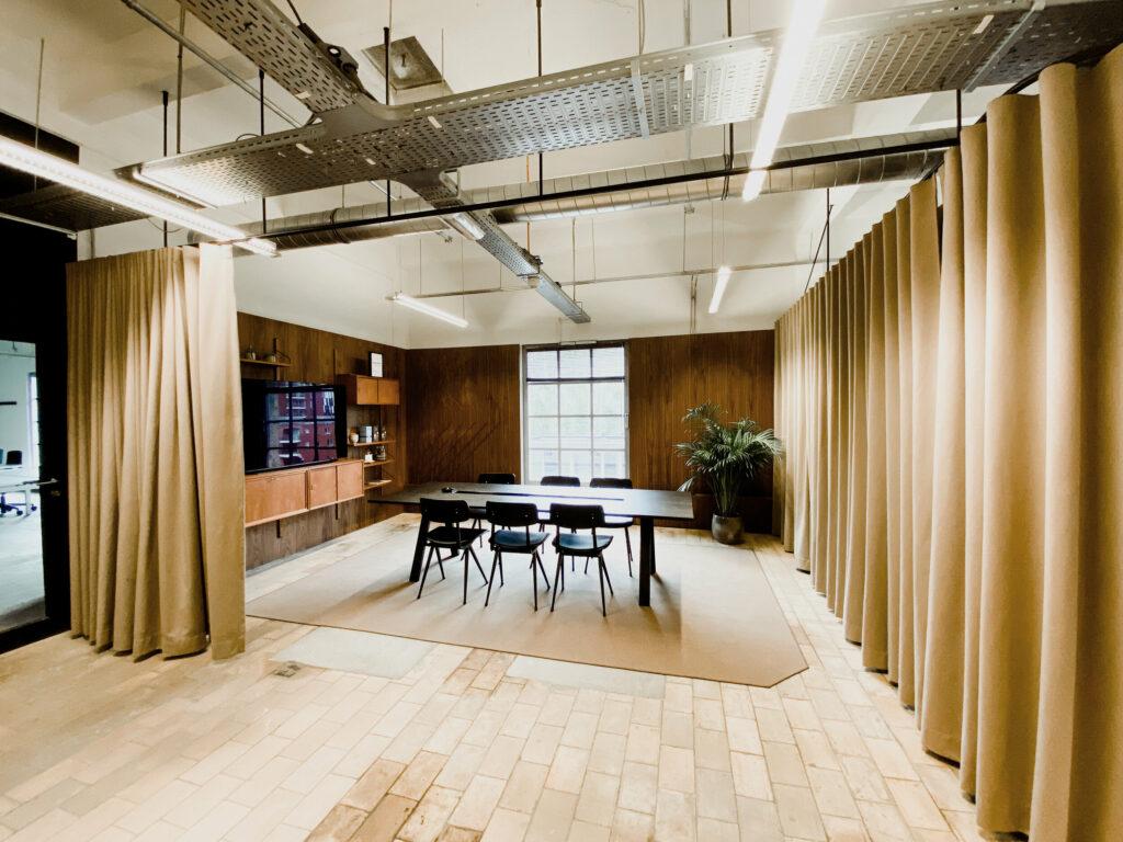 B Invest Suite Studio Boite